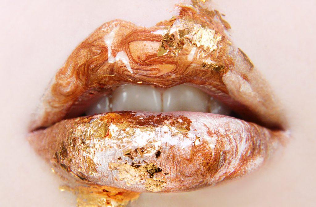 Makijaże ust na specjalne okazje z SKINLIPS