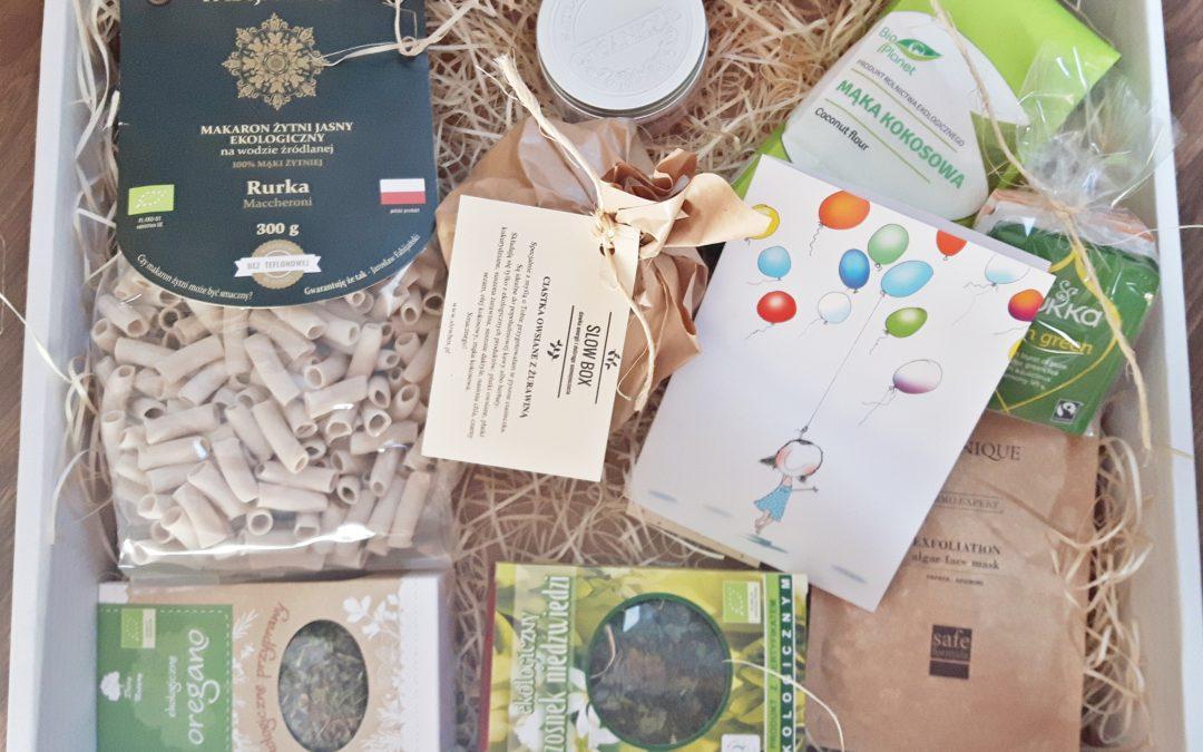 SLOW BOX / CIESZ SIĘ CHWILĄ