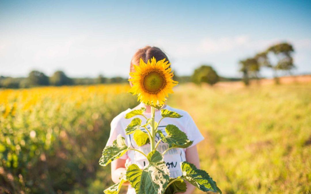 7 POMYSŁÓW NA ZABAWY Z DZIECKIEM LATEM
