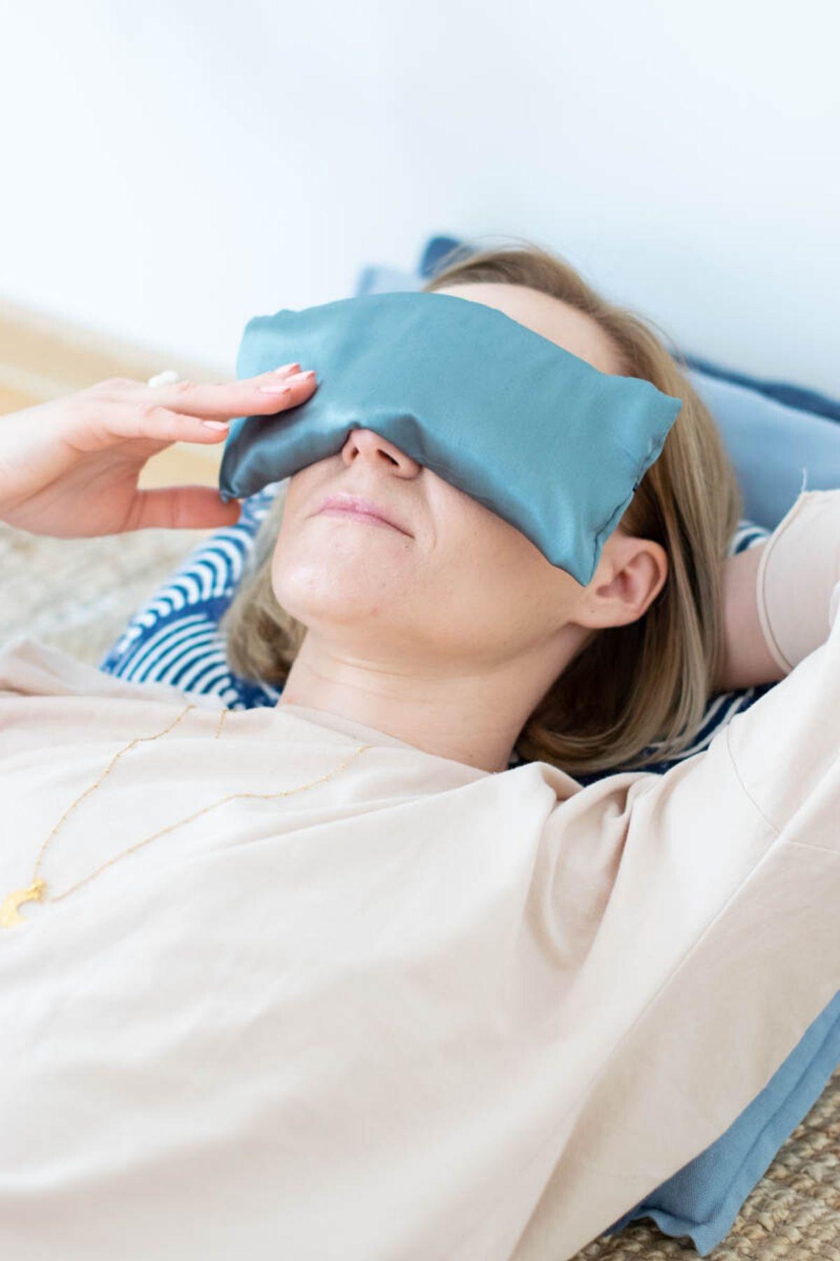poduszka na oczy