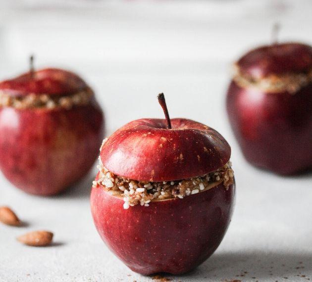 Jabłka nadziewane bakaliami