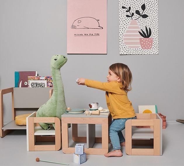zestaw mebli dla dzieci